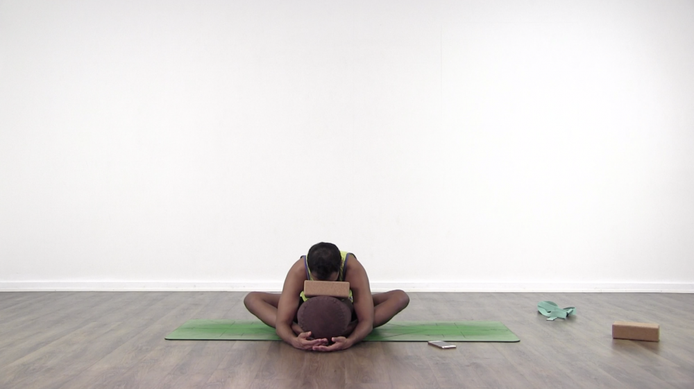 Yin Yoga for A Supple Spine_1