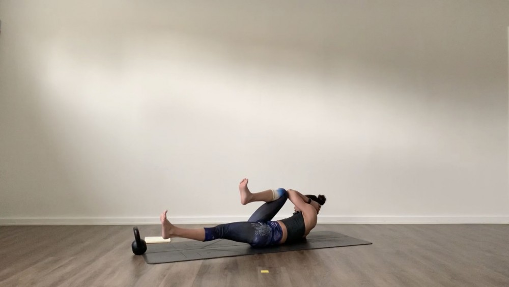 Full Body Yoga with Kettlebell_2