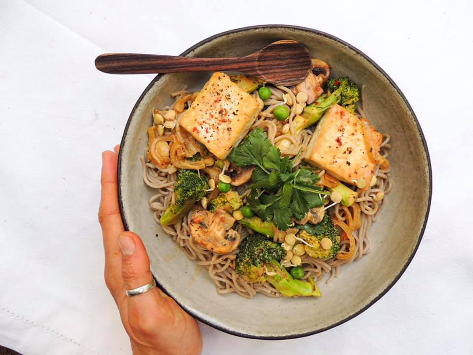 Creamy and Spicy Broccoli, Tofu Soba Bowl