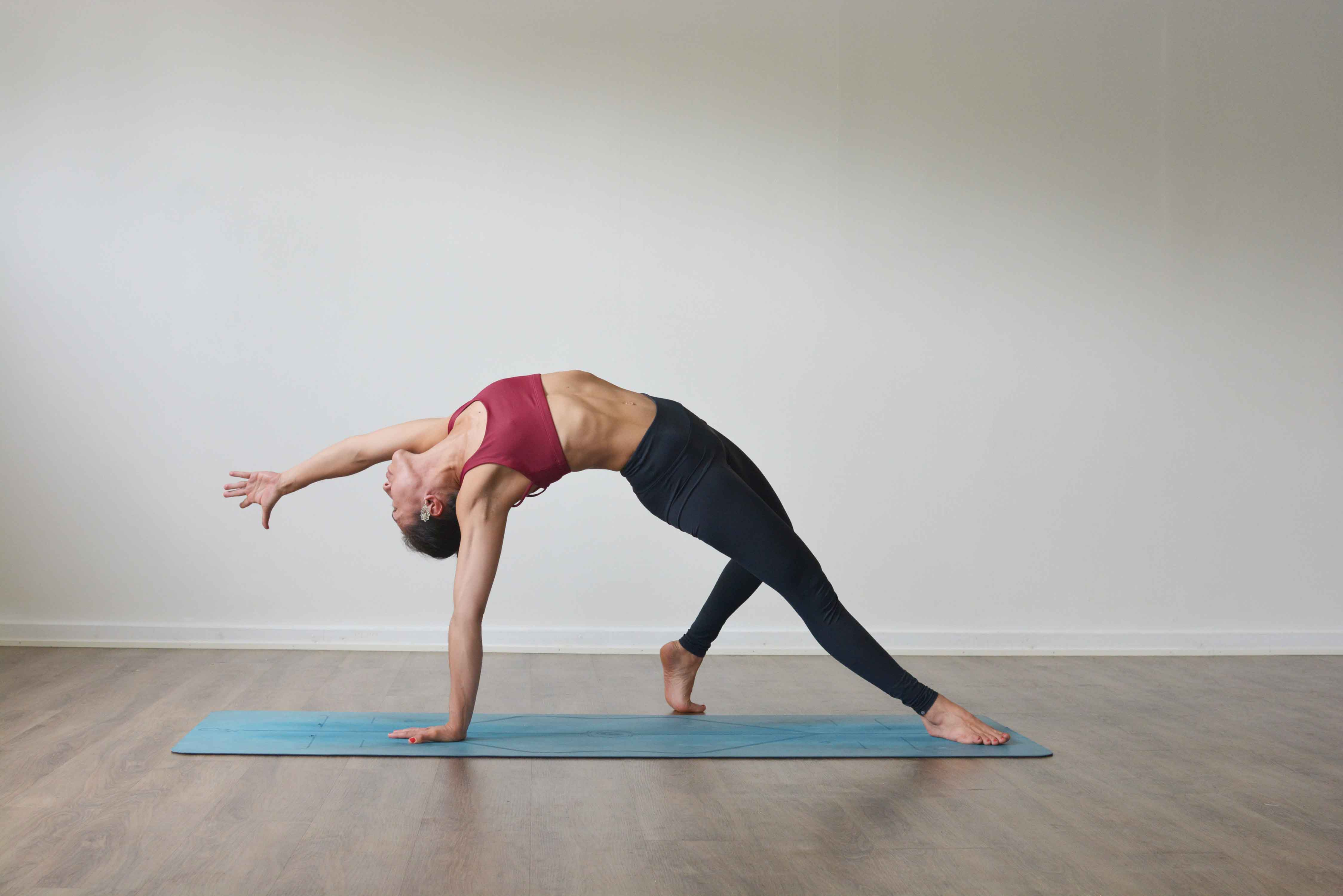 Camatkarasana - Wild Thing Pose