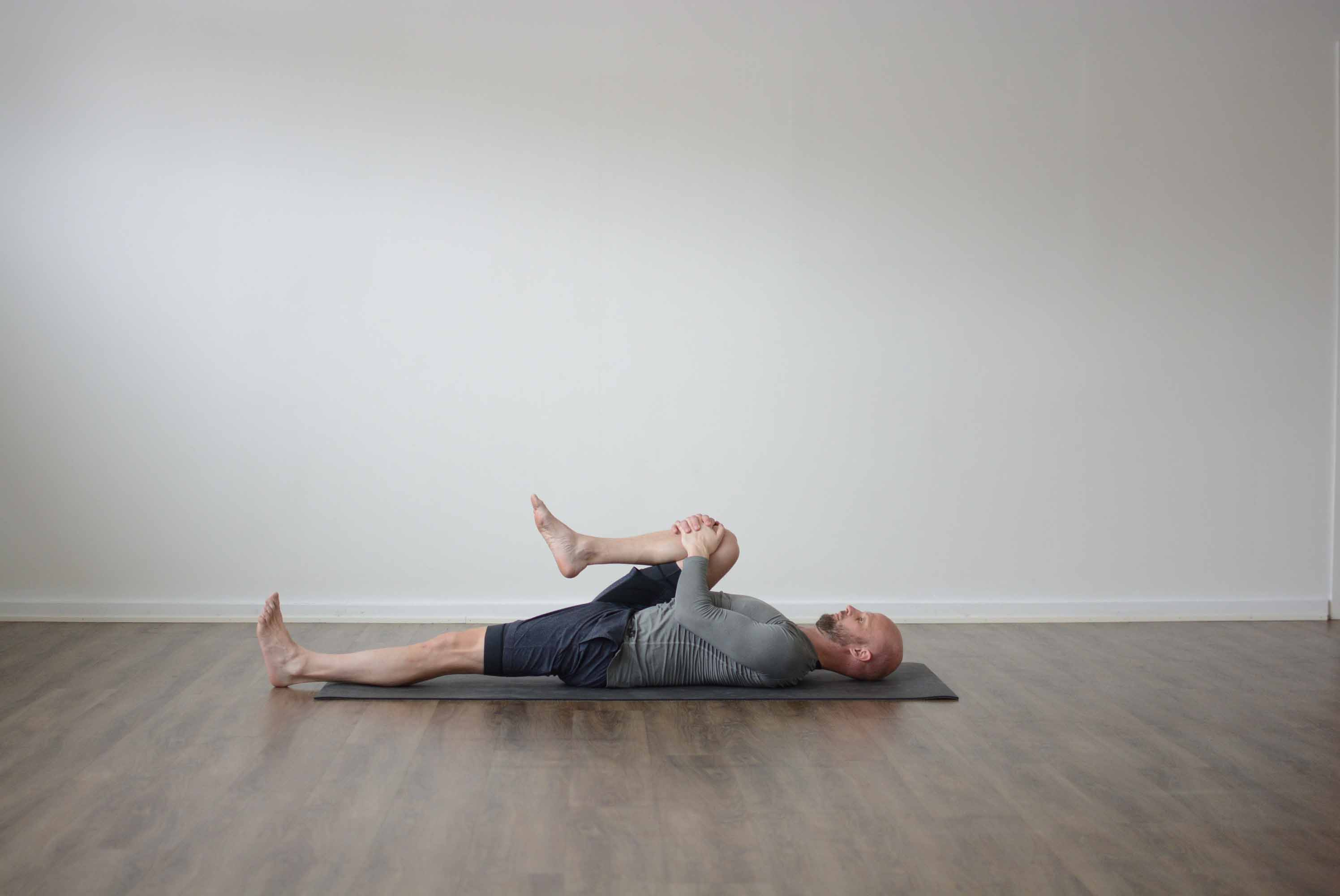 Pavanamuktasana - Wind-Removing Pose