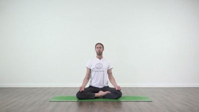 Yoga practice at Yogateket with Guy Powiecki sitting in Padmasana